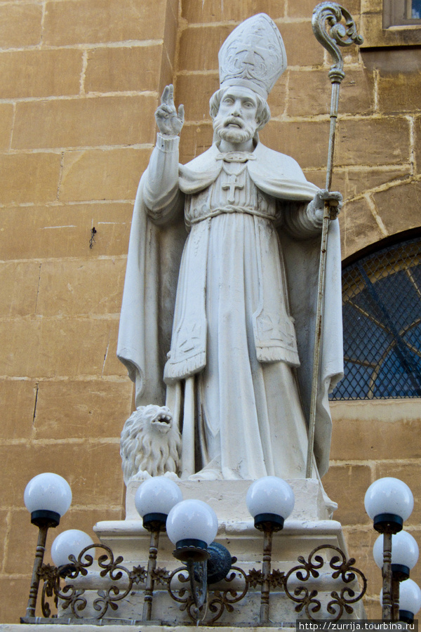 Св. Публий (статуя) (Флориана, Мальта)