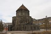 Армянская церковь → мечеть → ... → русская православная церковь →мечеть. В общем, много из рук в руки она переходила