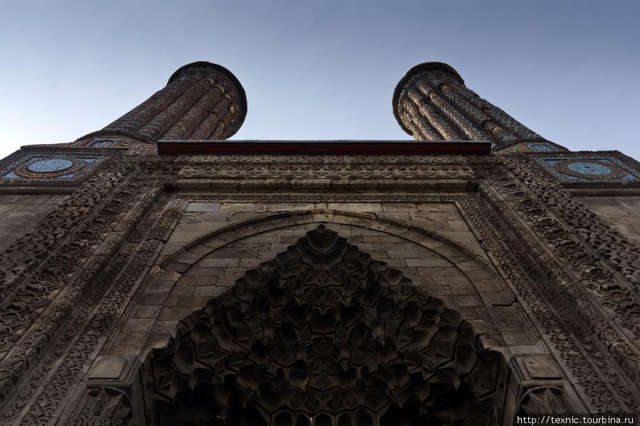 Иранская архитектура. Мед