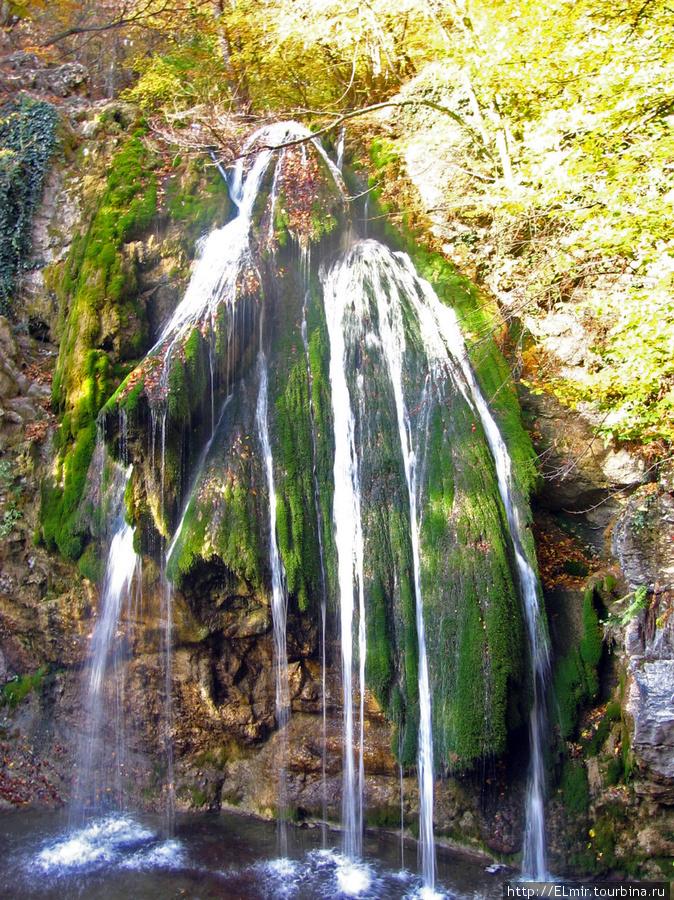 вот так вот выглядел водопад Джур-Джур в это время