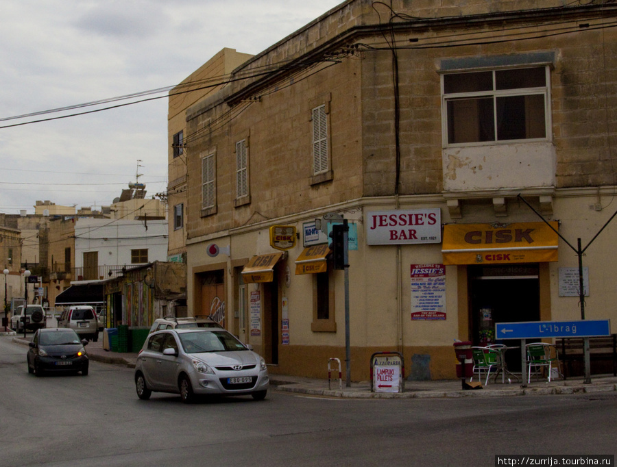 Легендарный бар Джесси (Ибрадж, Мальта)