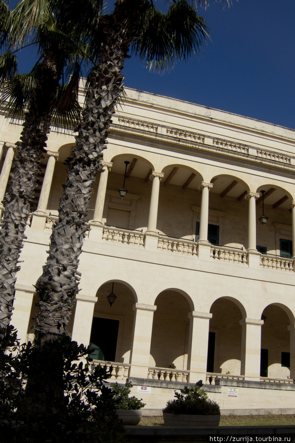 Палаццо Капуа (Слима, Мальта)