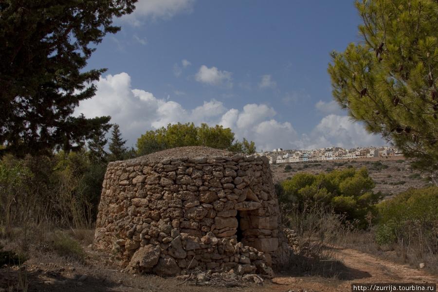 Гирна (Шемшия, Сент-Полс-Бэй, Мальта)