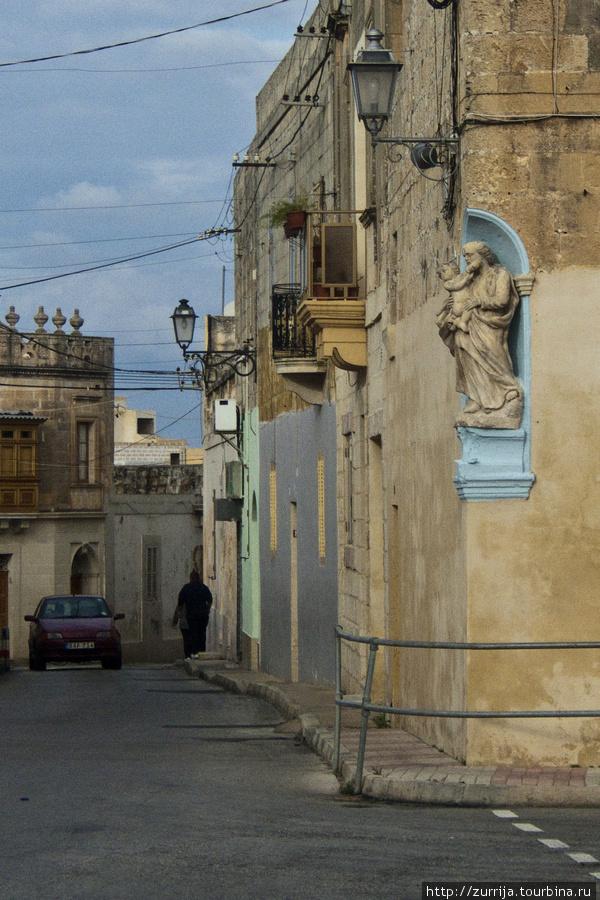 Св. Иосиф (ниша) (Сафи, Мальта)