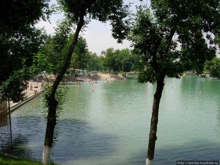 Комсомольское озеро.