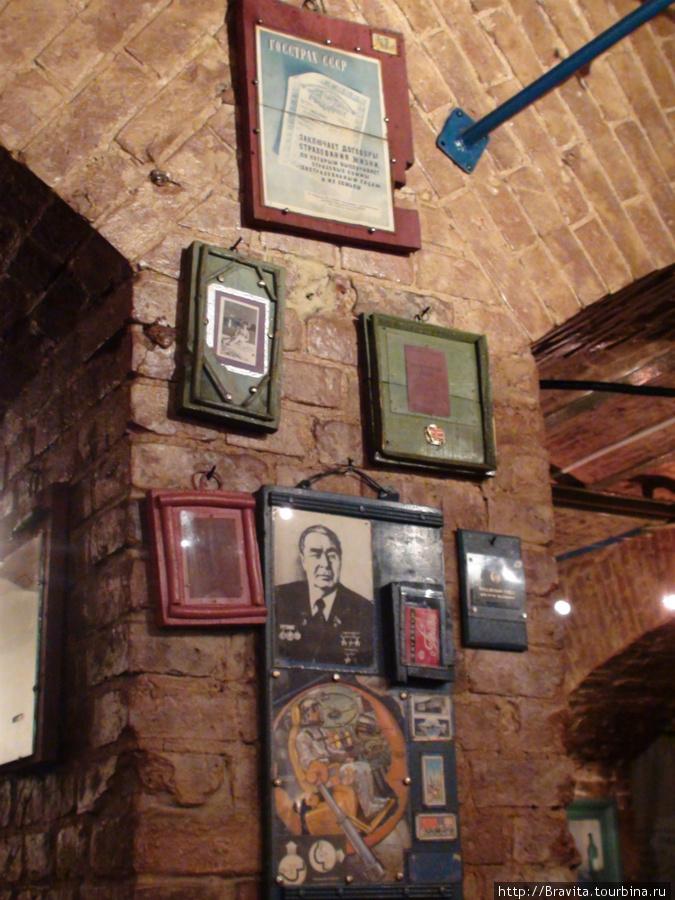 Фрагмент интерьера.  Клуб занимает подвальные помещения здания XIX века.