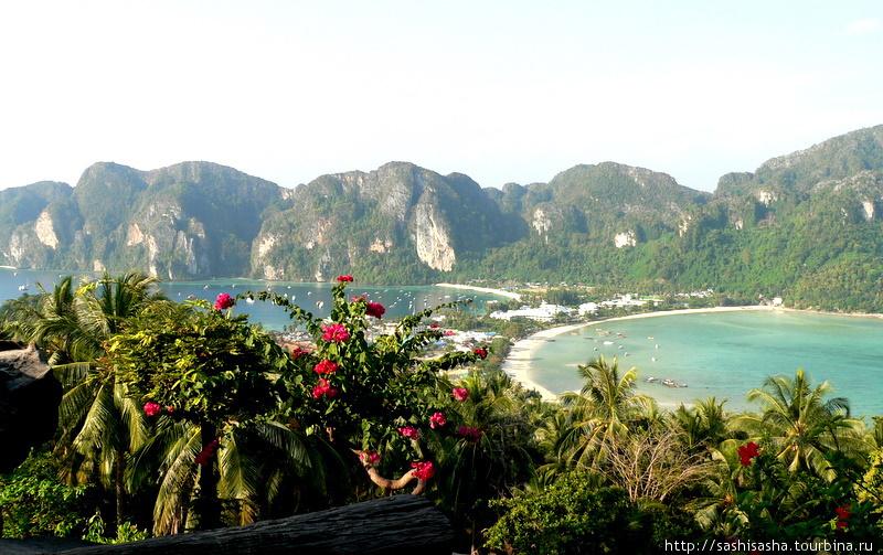 Пляж Тонсай — вид сверху.