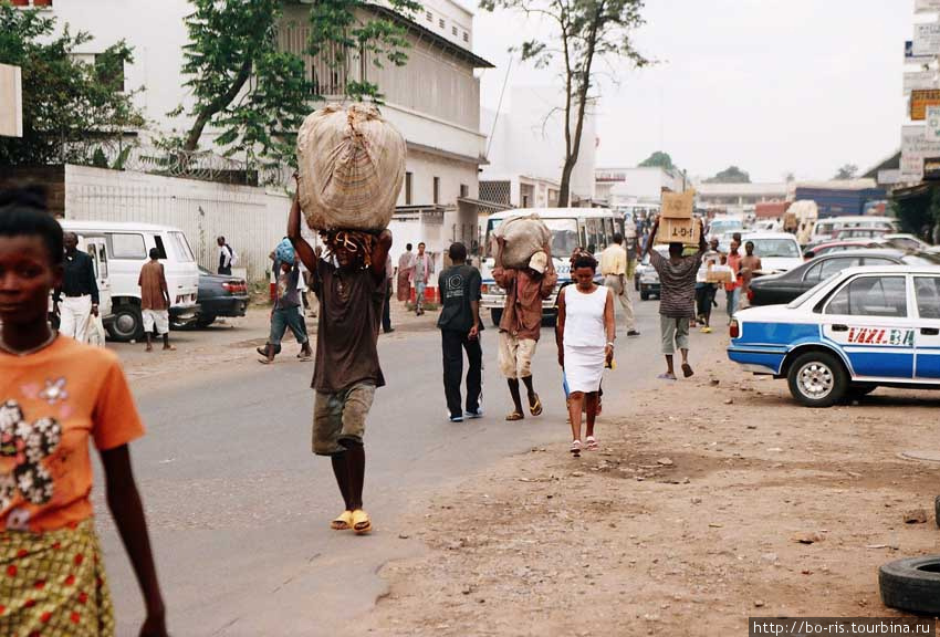 Бурундийские будни