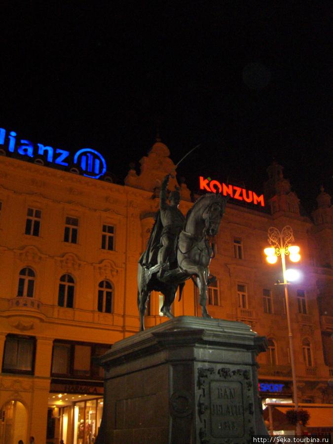 Памятник бану Йосипу Елачичу. Вечернее фото