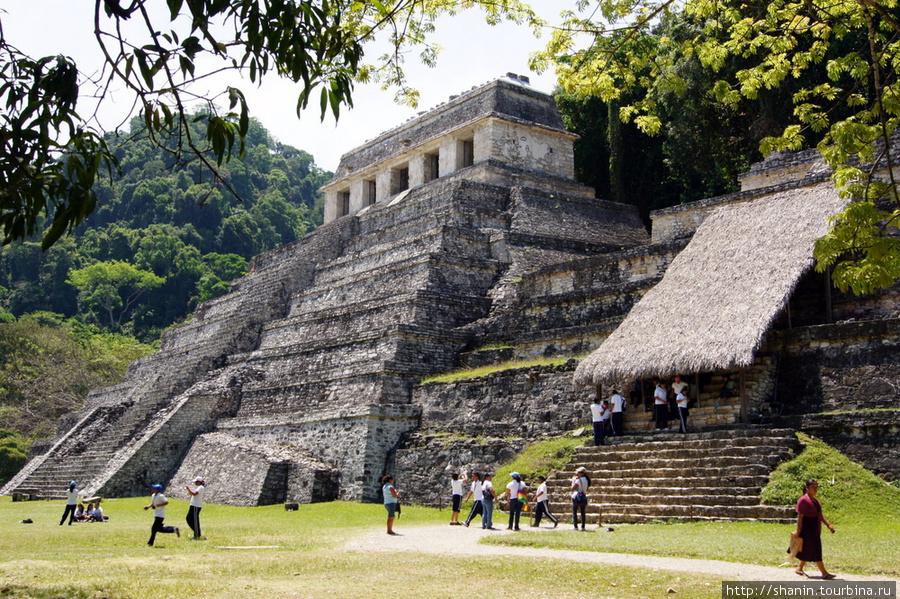 Image result for пирамида надписей паленке