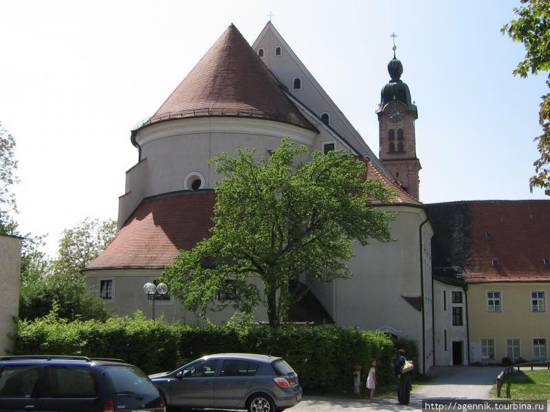 Кирха Святого Креста