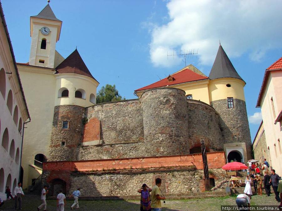Замок в Мукачево