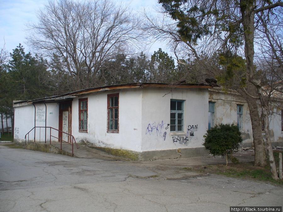 Развалины «старой гостиницы»