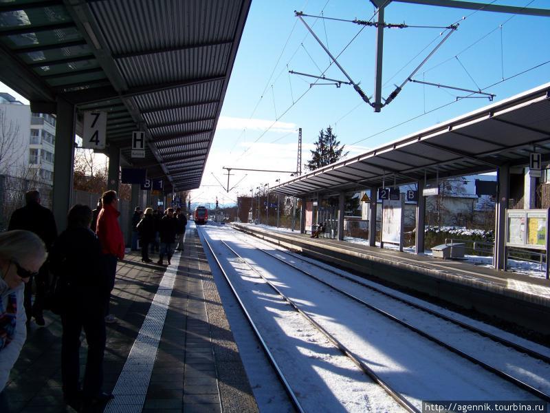 Платформа S-Bahn в Унтерхахинге