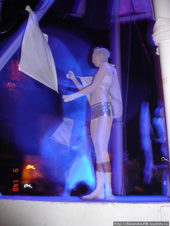 бора бора тунис дискотека для