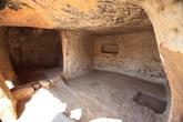 пещерный город рядом с монастырем Eski Gumusler