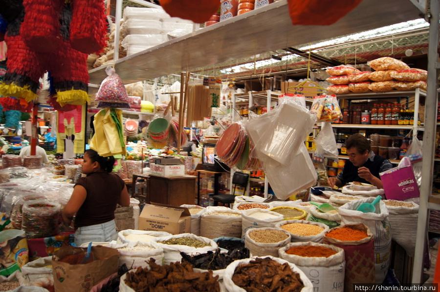 Муниципальный рынок Тласкала-де-Хикотенкатль, Мексика