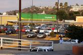 Супермаркет на берегу реки