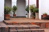 Бывший госпиталь и монастырь. Ныне — музей и художественная школа.