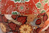 Выставка керамики. Узор чем-то напомнил русские узоры.