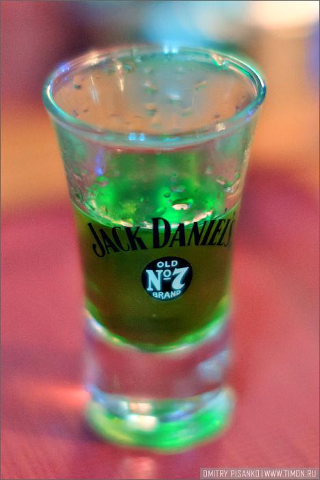 Халявный алкоголь :)