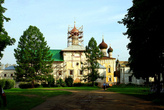 Благовещенская церковь с трапезной палатой (XVIв.)