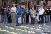 Люди собрались на площади, чтобы обратиться к тому, кому ещё верят (руководству страны верят не все). Вероятно, митинг был связан со взрывами.