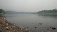 Чистая вода реки Цзялинь