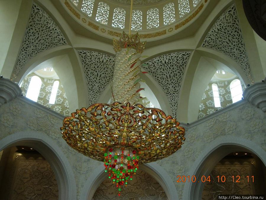 Мечеть в Абу-Даби.