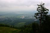 И даже облачность не портит,красиво...Хотя высота то всего 500 метров.