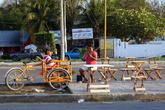 Торговцы на центральной улице
