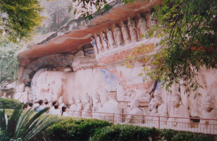 Самый большой спящий будда в мире