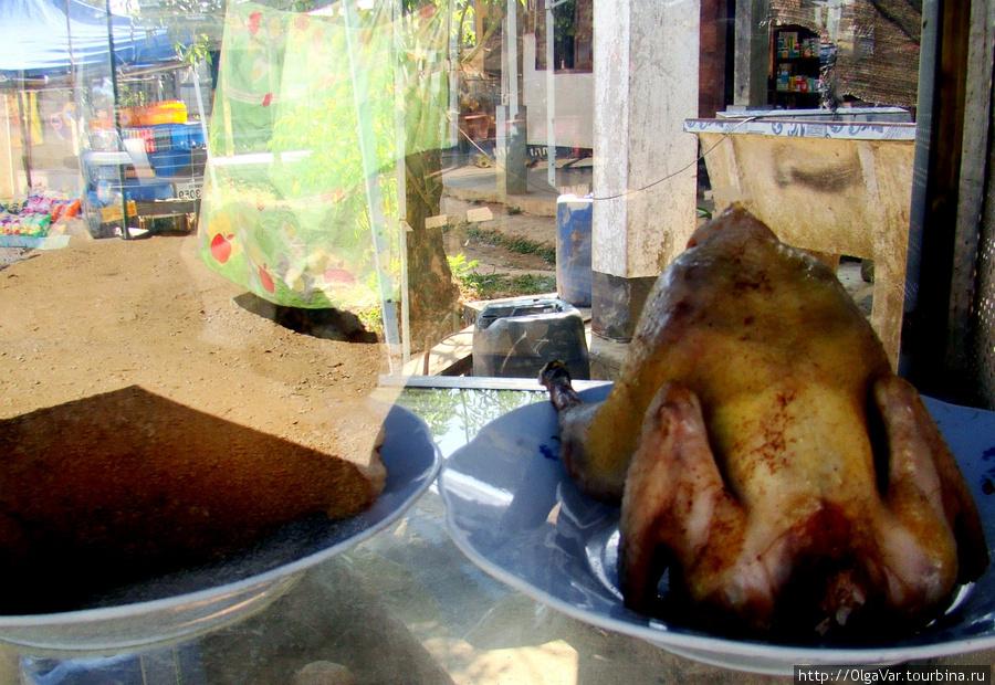 Спазм в горле вызвали знакомые контуры курицы-гриль с зажаренной корочкой