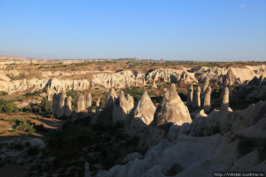 долина Любви (Love Valley), названная так в связи с характерной формой перибаджаларов