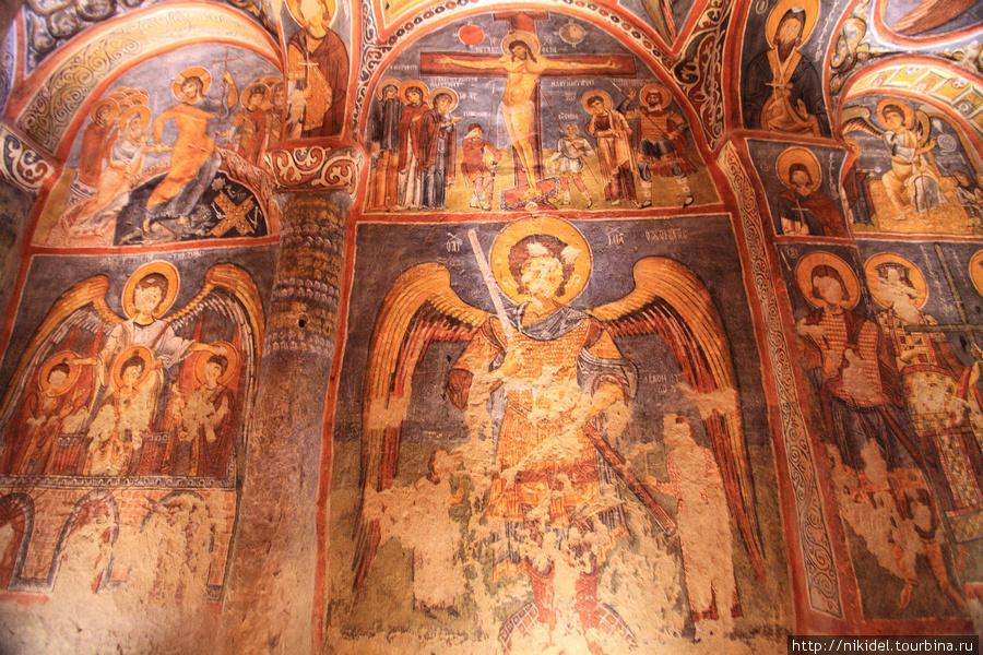 музей Гёреме (Open-Air Museum Goreme) — Черная Церковь