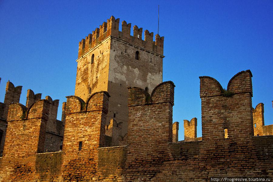 Старый замок Кастельвеккио