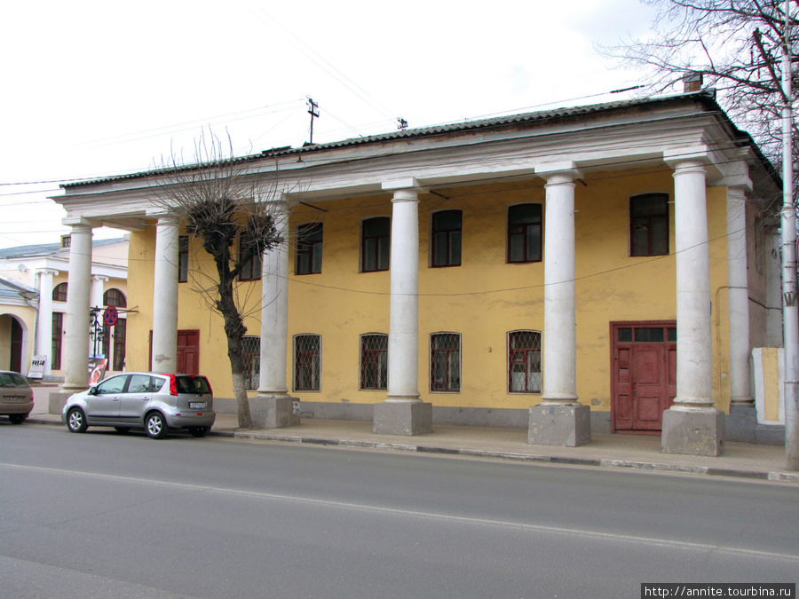 Дом № 24 (вид с ул. Ленин