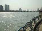 А вот и река...