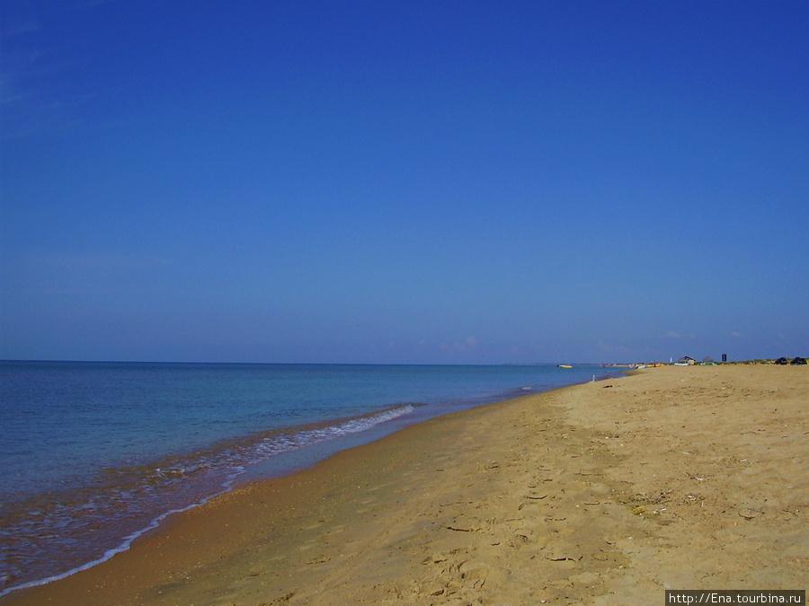 Пляж, море и небо