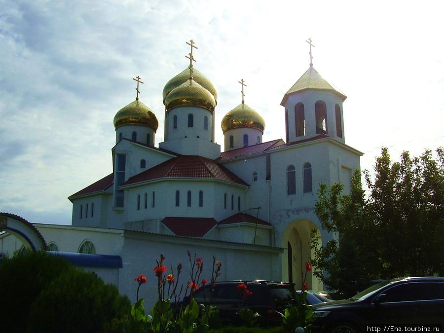 Прогулка по Витязево. Георгиевская церковь.