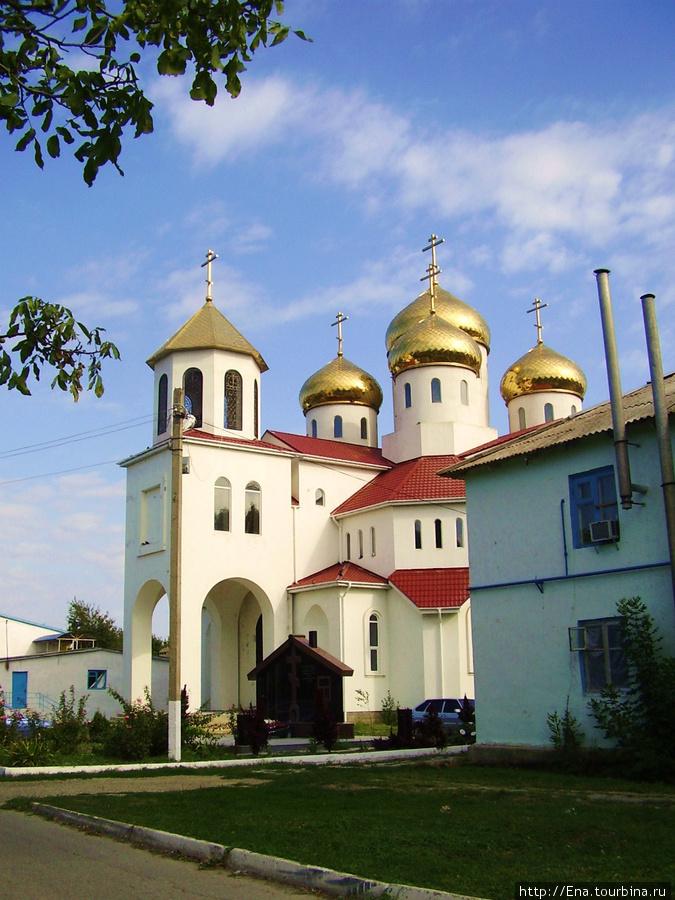 Новая церковь св. Георгия Победоносца в Витязево