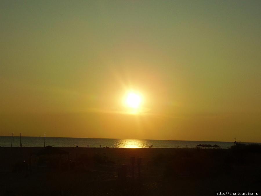 Вечер на витязевском пляже