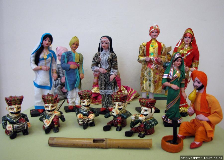 Индийские куклы.