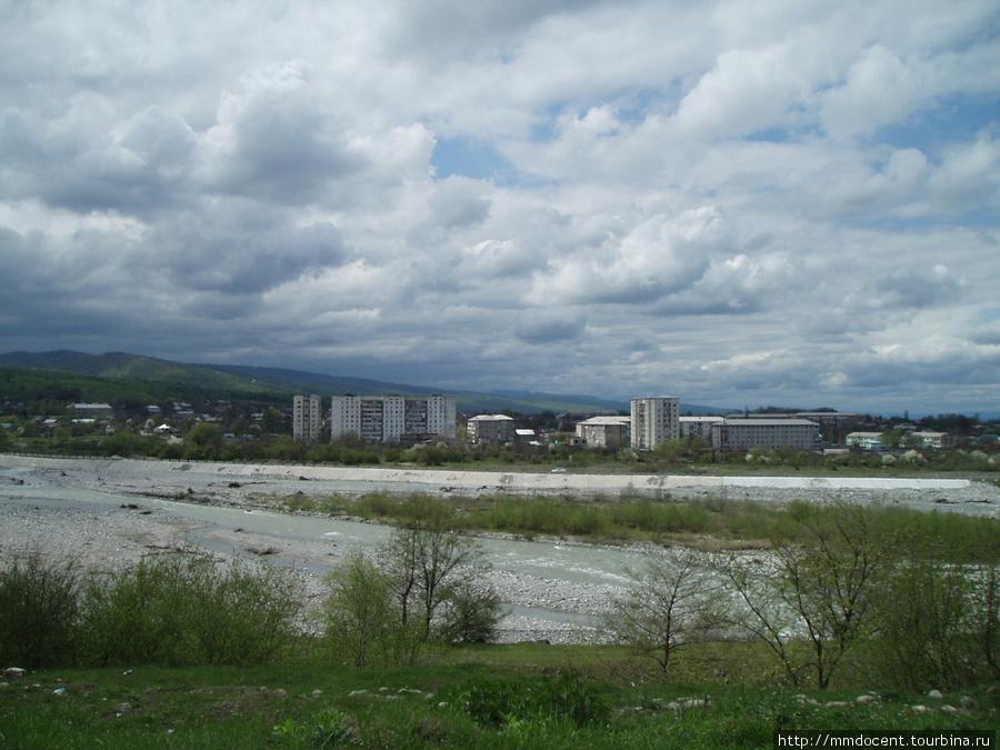 Вид на Алагир с Транскама Алагир, Россия