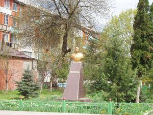 Сталина здесь уважают, уверяют, что он был осетин