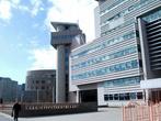 Пожалуй, самое помпезное здание города — это бизнес-центр ОАО Сургутнефтегаза...