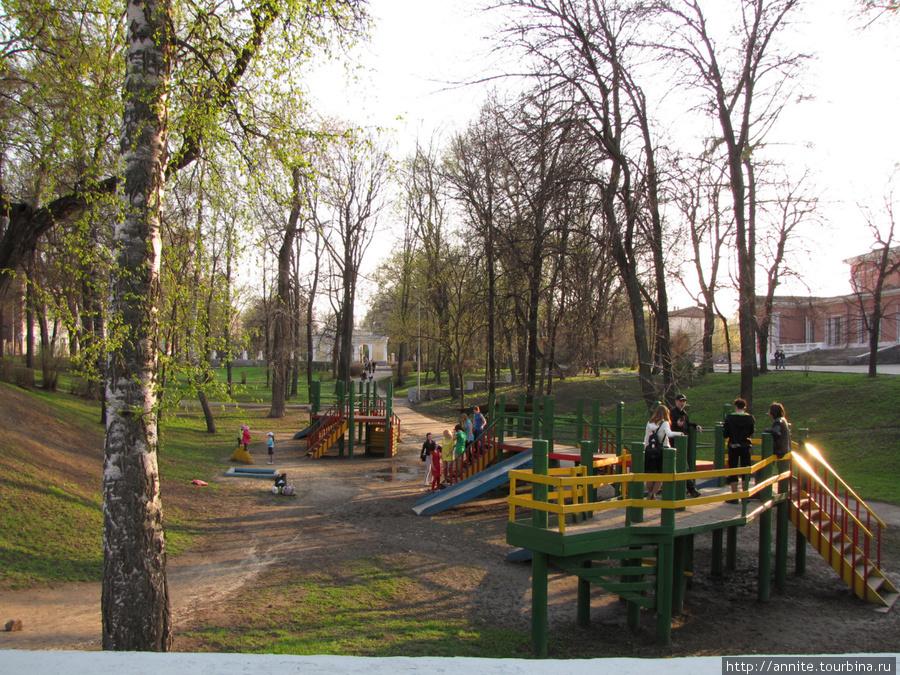 Городской парк. Общий вид