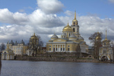Нилова пустынь — мужской монастырь в г. Осташков Тверской области
