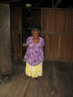 Внутри папуасского дома