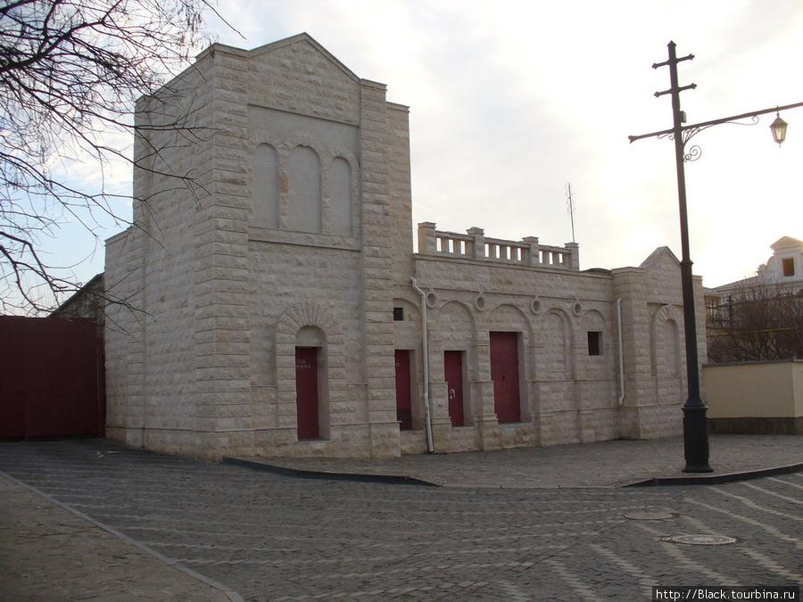 Караимский квартал. Купеческая синагога